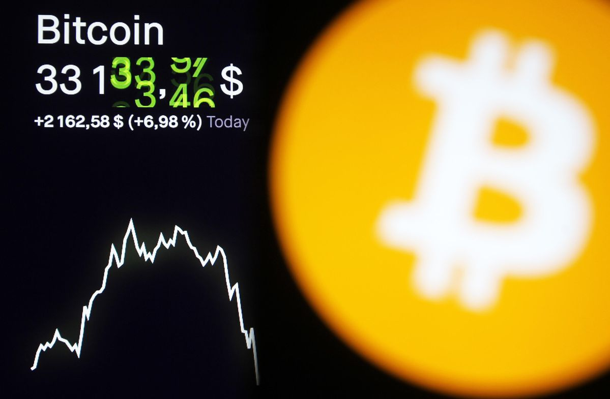 As <bold>Bitcoin</bold>, Ethereum, Ripple's XRP And <bold>Litecoin</bold> Lose Billions, Watchdog Issues Stark Price Warning