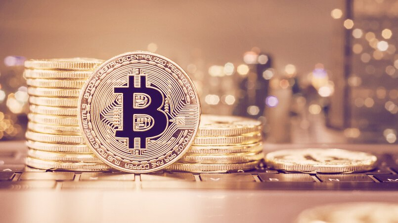 Cryptocurrency Market Hits $2 Trillion, Doubling in Just 3 Months