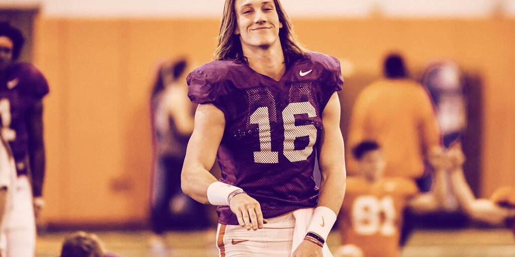 Top NFL Prospect Trevor Lawrence Signs Deal with Blockfolio, Will Receive Bonus in Crypto