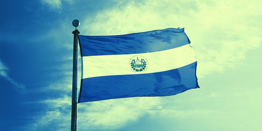 Bitcoin Isn't Replacing The Dollar in El Salvador After All