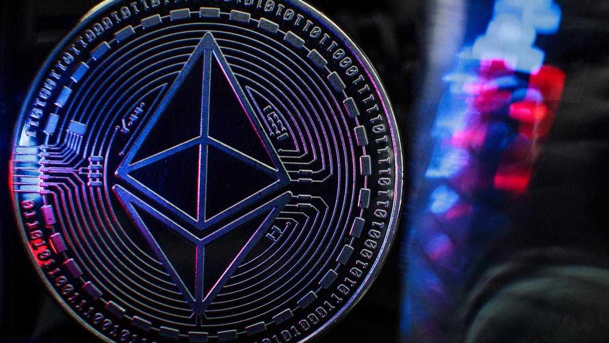 Solana Overtakes Dogecoin As Ethereum Price Hits $4,000 For First Time Since $1 Trillion Crypto Crash