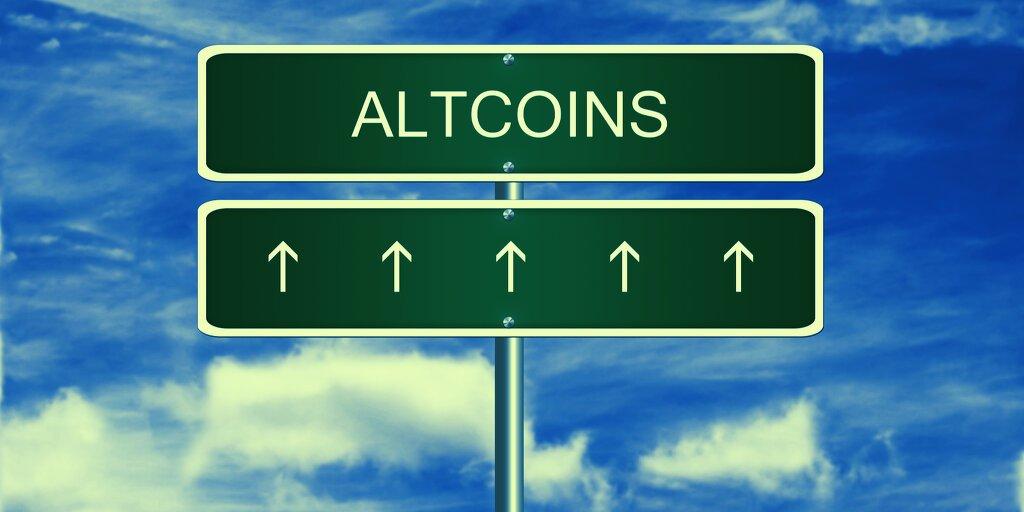 Altcoins Moon, Bitcoin Stays on Earth